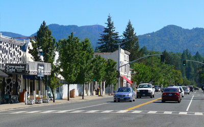 Traffic on Calistoga Street in Middletown